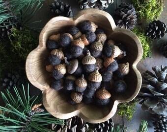 Felted acorns, Dark Brown Heather, set of 50, autumn wedding decor, fall wedding favors, woodland wedding table decor, brown wool acorns