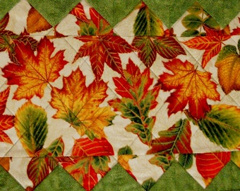 Elegant Fall Autumn Quilted Table Runner, Quilted Table Topper, Fall Leaves, Gold Rust Green, Thanksgiving Table Runner