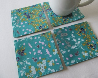 Set Of 4 Fabric Coasters/Flower On Turquoise