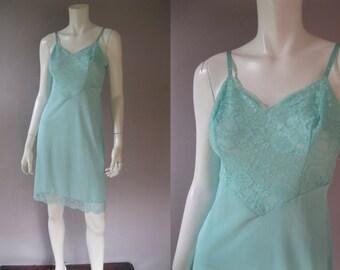 Aqua Full Slip - 50s Vintage Nylon Slips - Vanity Fair - 50s Lingerie - Lace Pin Up Slip - 1950s Slip Size S