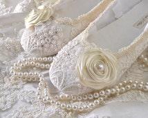 Wedding Shoes Women's Bridal shoes Vintage Lace Wedding Ballet Style Shoes Womens Wedding Shoes Womens Bridal Shoes Customized Wedding shoes