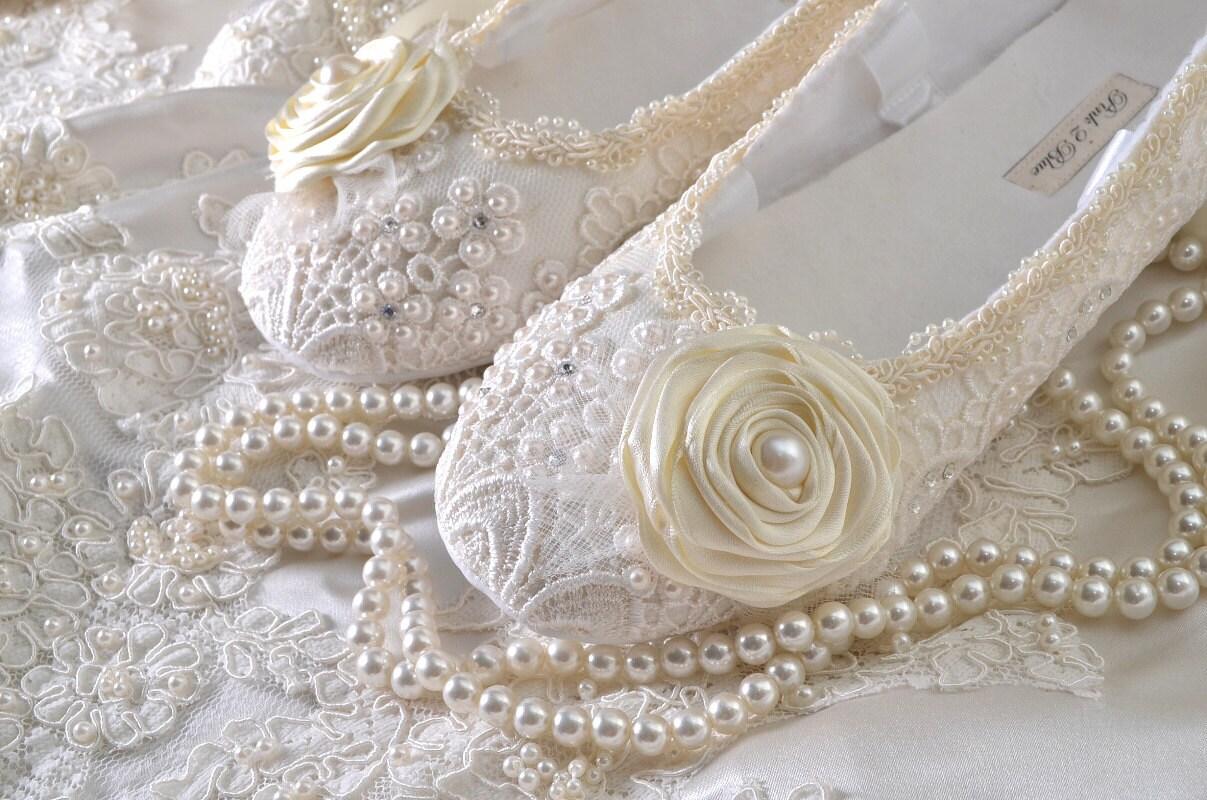 Wedding Shoes Women s Bridal shoes Vintage Lace Wedding
