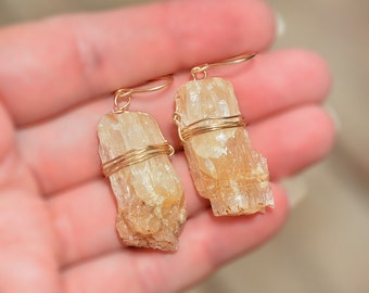 Big Rustic Druzy Earrings. Natural Raw Crystal Earrings. Vanilla Beige Stone Earrings. Gold Filled Earrings. Rock Earring. Statement Earring