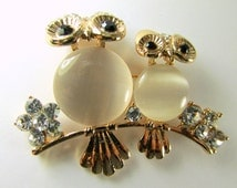 Owl Brooch in Ivory Mother of Pearl, Gold Metal, and Clear and Black Crystals for brooch bouquet or jewelry decor