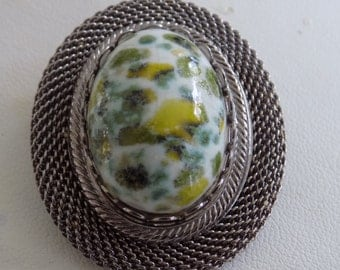 Vintage brooch/pendant, green and white agate silver framed brooch/pendant,retro jewelry