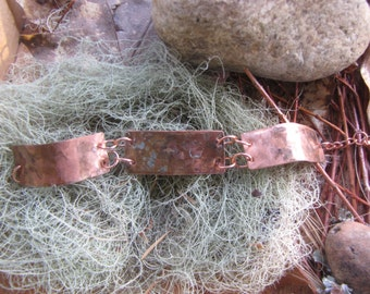 Hammered and colored copper bracelet