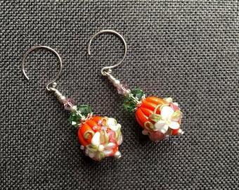 Pumpkin Lampwork Earrings, Halloween Earrings, Glass Bead Earrings, White Flower Earrings, Glass Bead Jewelry, Halloween Lampwork Jewelry