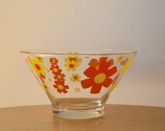 Retro Large Glass Snack Bowl