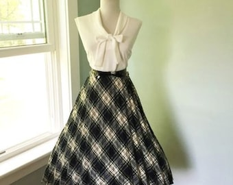 VINTAGE 1960s Swing High Waisted Navy Blue Green and Yellow Plaid Full Skirt