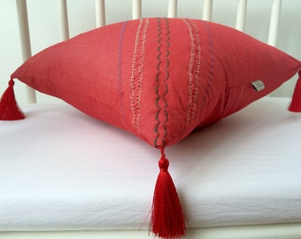 Flax linen Pillow Cover with tassels, Decorative Pillows, Accent Pillow, Throw Pillow, Cover, oriental pillow