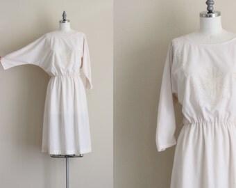White Long Sleeve Dress . Deadstock Day Dress . 70s Dolman Sleeve Dress