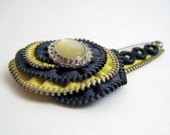Olive Green Zipper Pin Brooch
