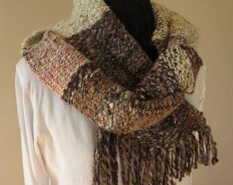 Bruges chunky artyarn scarf