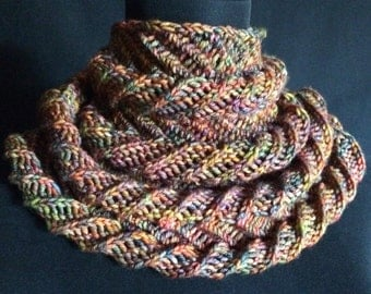 Hand Knitting PDF - Spiral Euphoria  Mobius Cowls in 2 sizes