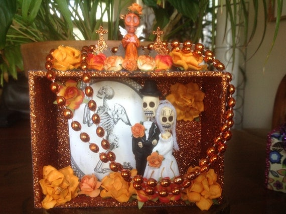 Day Of The Dead Wedding Gifts: Day Of The Dead Wedding Nicho/Shrine/Altar Piece/Cake Topper