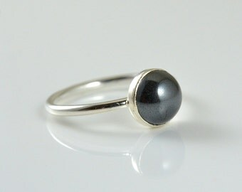 Black Cocktail Ring in Argentium Silver - 2ct.  Black Onyx Statement Ring Stack Ring - Classic and Simple Jewelry by Gioielli Desings