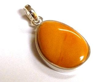 "Baltic Amber Jewelry Antique Butterscotch Pendant Drop Yolk 1.57"" 6.5 gram"