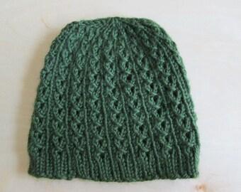 Green ivy winter hat
