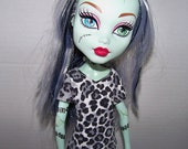 """Handmade Monster High 17"""" Tall Doll Clothes - black and white leopard print t-shirt - Clearance"""