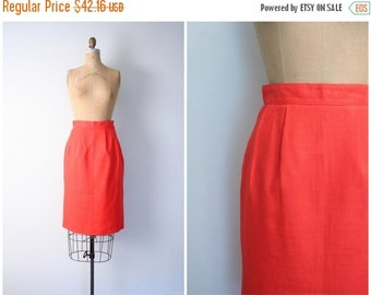 SALE / Saks Fifth Avenue pencil skirt - bright red linen / Blood Orange - pin up skirt / high waisted skirt - vintage 70s - 80s designer ski