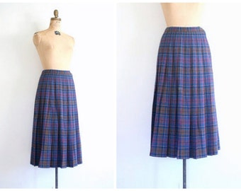 vintage Pendleton wool plaid skirt - pleated plaid skirt / Mulberry Wine - 80s Pendleton skirt / 1980s plaid skirt - preppy skirt