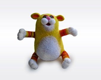 Sunny cat wants to hug you - needlefelted sculpture