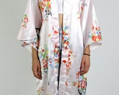 kimono, robe, duster, 90s vintage pink Japanese floral lotus pink satin jacket, short sleeve, 90's, womens o s f a