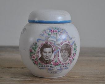 Vintage - China Carlton Ware small ginger jar - pot - Wedding Charles & Diana