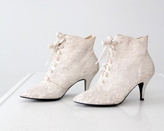 vintage 80s white lace boots, high heel ankle boots, size 7.5
