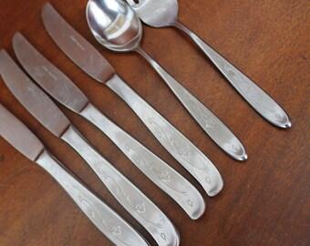 Vintage Flatware Stainless Silverware Pattern decorative leaf BiN 2