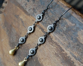 Ball & Cog Chain Earrings - Gunmetal