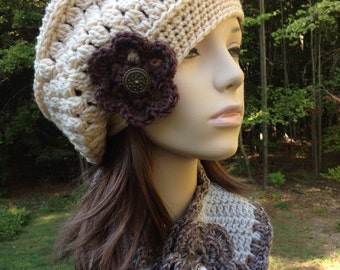 Slouchy Beret Cream with Flower and Vintage Button