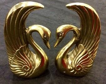 BOOK ENDS Antique Brass Vintage Graceful Swan Shelf Decoration / Man Men Fathers Gift / Heavy Metal
