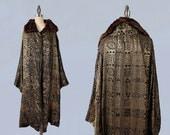 1920s Flapper Coat / 20s EGYPTIAN REVIVAL Lamé Coat / Opera Coat / Fur Collar / MUSEUM