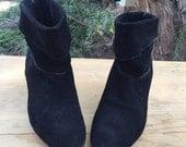 chic & cool vintage black suede ankle booties 6