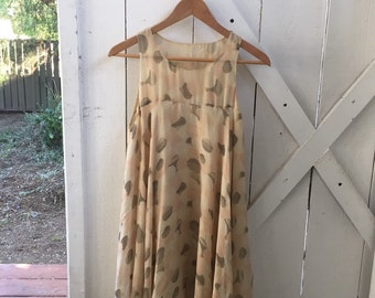 Pretty & airy vintage patterned empire babydoll dress s/m