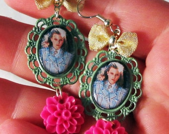 Heathers Cameo Earrings with Hot Pink Mums