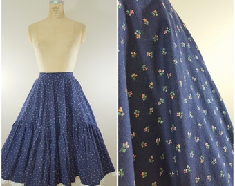 1950s Peasant Prairie Skirt / 50s Skirt / Circle Skirt / Blue Tiny Flowers Lace Trim / XS