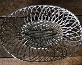 Vintage French metal woven table bread fruit serving basket bowl dish circa 1940-50's / English Shop