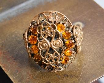 Vintage brass filigree ring, glass rhinestones, size 10