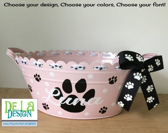 Personalized scalloped oval metal bucket, tub, Pet toys, dog or cat gift basket or toy storage, paw print design, new puppy gift, kitten