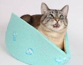 The Cat Canoe a Cat Bed in Aqua Cotton Fabric