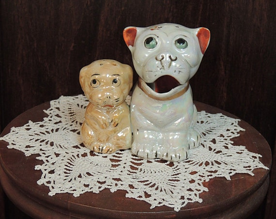 Vintage Luster ware Made In Japan Dog Salt & Pepper Shakers Figural Condiment Set