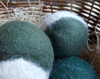 Green & White Dryer Ball