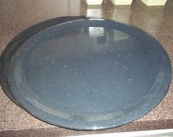 Granite Ware Pizza Pan in excellent condition