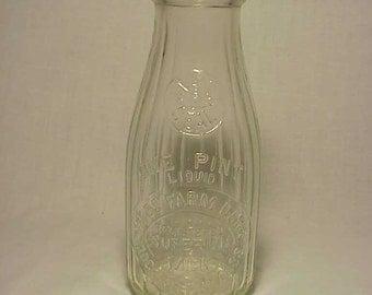 c1920s Gibbs Farm Dairy Rochester, Mass. ,Embossed Pint Milk Bottle , Great Wedding Decor No.4