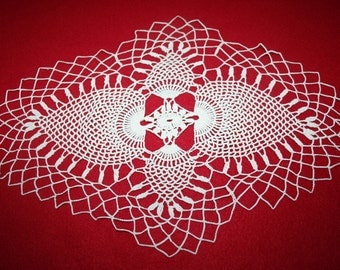 Vintage Hand Crocheted Doily- Pineapple design- Oval