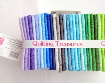 Quilting Treasures Color Blends 30 piece FQ bundle premium cotton quilting fabric - total of 7.50 yards of fabric -