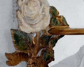 Shabby chic white rose wood shelf very Hollywood regency for Paris apartment