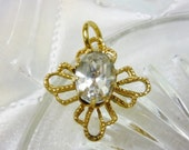 Dainty vintage Gold filigree Pendant with Cubic